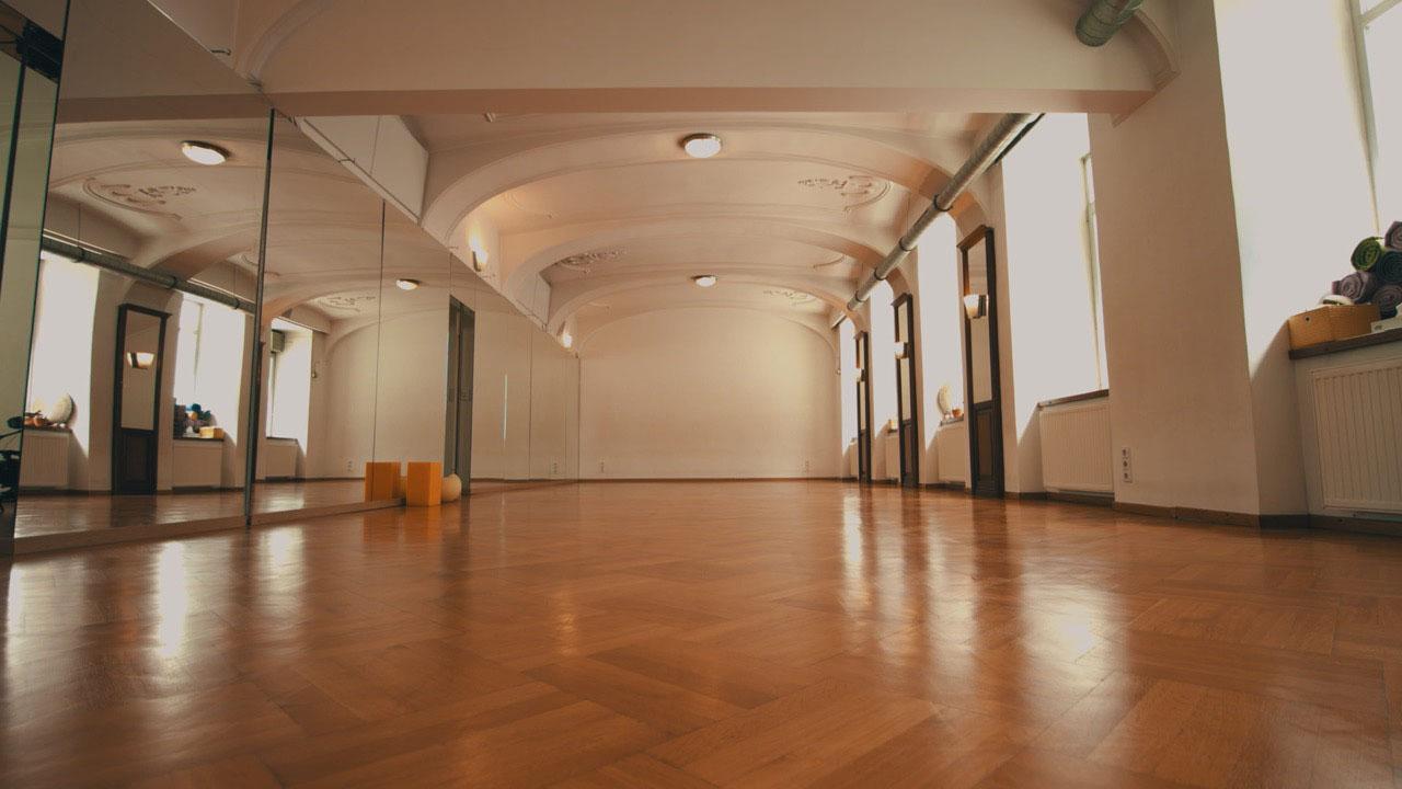 Yoga Studio (c) bYOGA