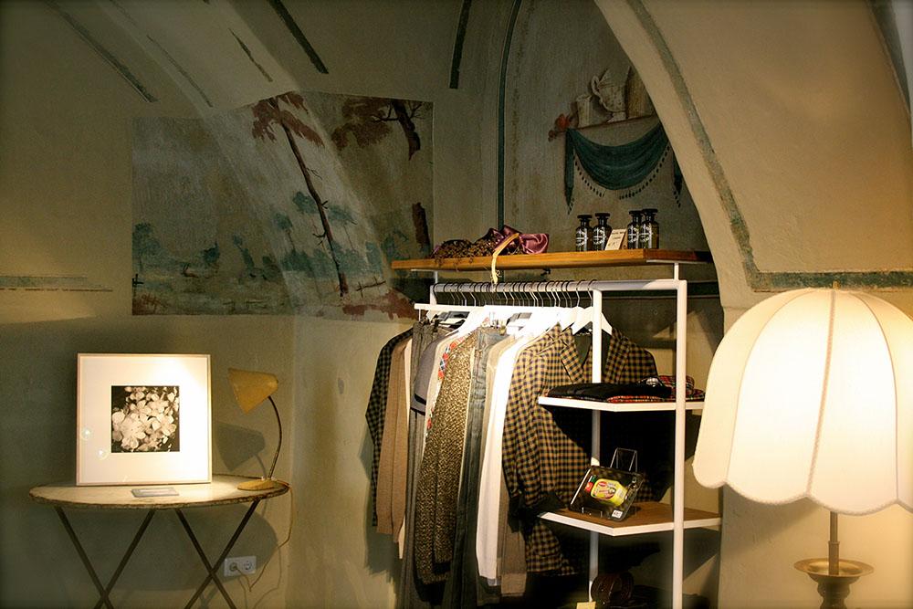 Kleidung Lampe (c) STADTBEKANNT