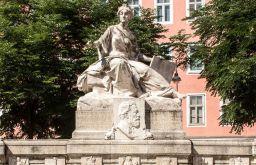 Siebenbrunnenplatz (c) STADTBEKANNT