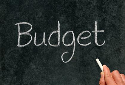 Neue Steuern: Nicht mehr und nicht weniger als gerade sein musste