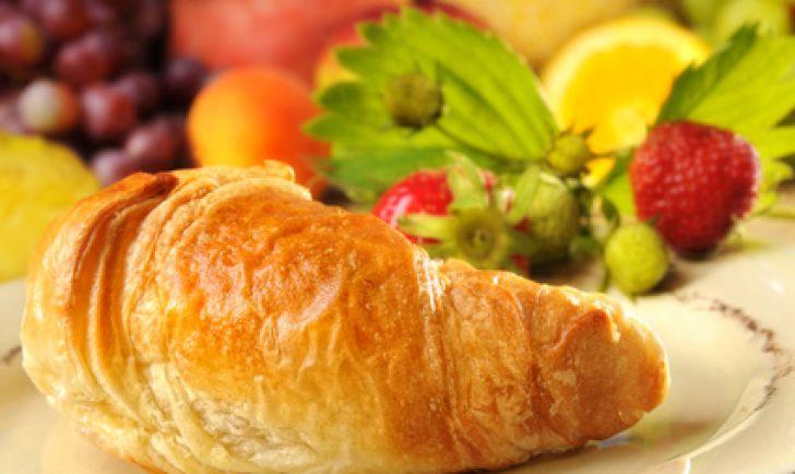 Frühstück Croissant