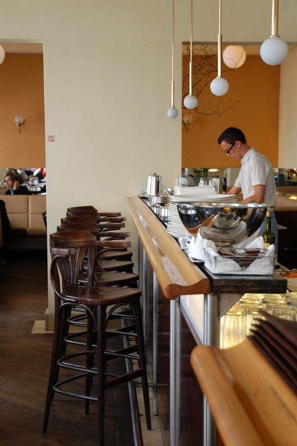 Theke Cafe Berg (c) STADTBEKANNT