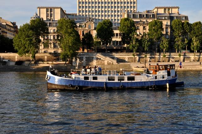 Picknick an der Seine