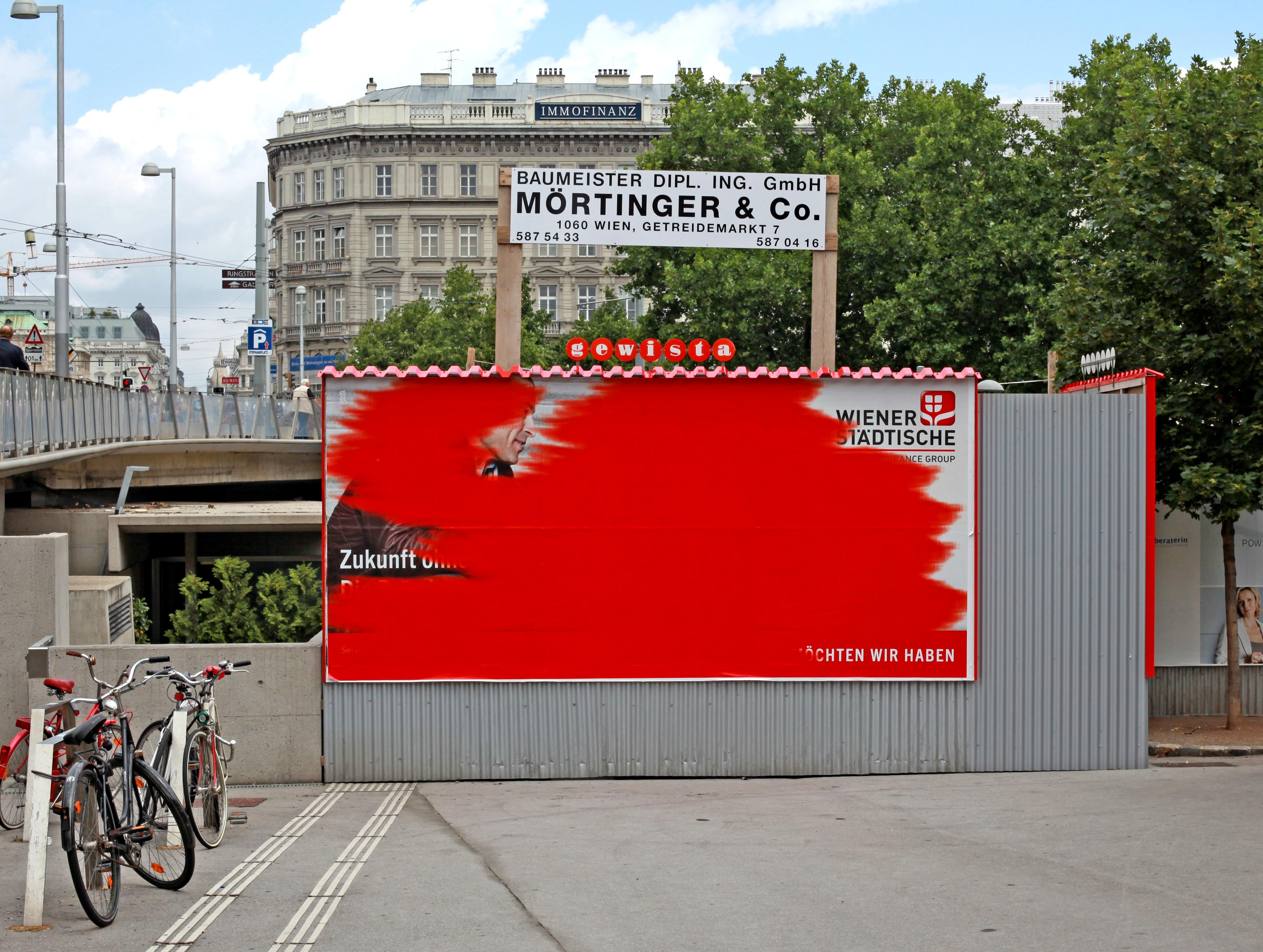 Gewista Plakat Karlsplatz © Otto Mittmannsgruber