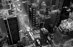 New York.. November ist ein recht ungewöhnlicher Film über Unvergessliches und die Macht der Erinnerung.