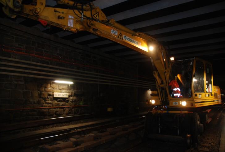 15 Meter Schiene ersetzen Foto: STADTBEKANNT