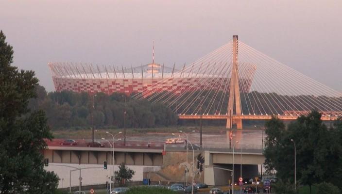 Von Schwarzmarkt zu EM-Stadion.