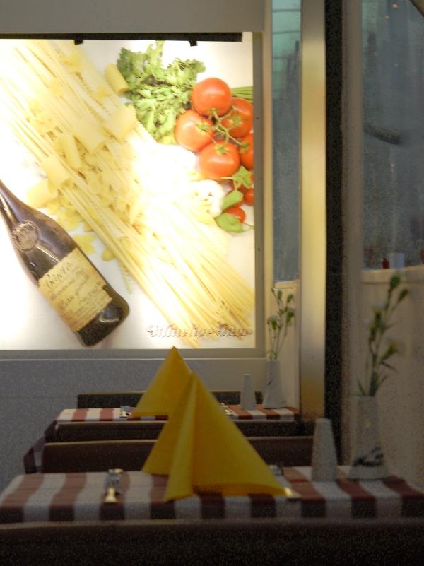 Tisch Sale e pepe (c) stadtbekannt.at