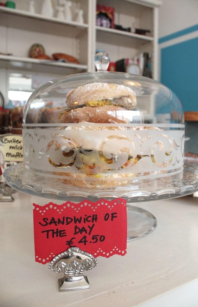 12 munchies Sandwich
