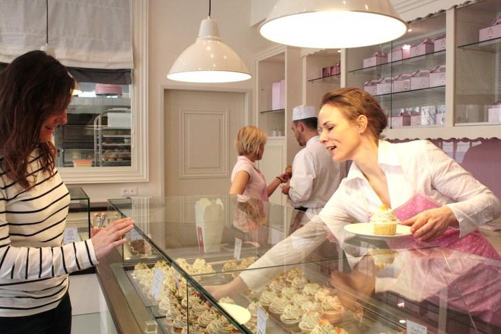 Renate Gruber (rechts im Bild)