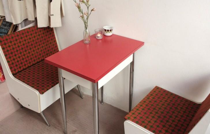 Backraum Tischchen
