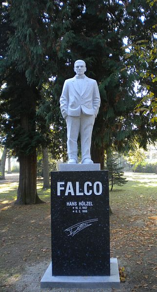 Falco, Bild: Priwo