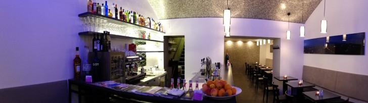 Spears Café  Bar Grill  (c) Spears