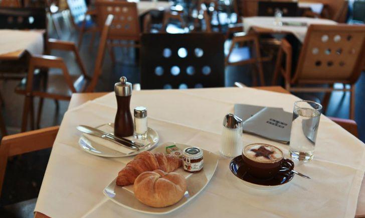 Frühstück Cafe Blaustern (c) Cafe Blaustern