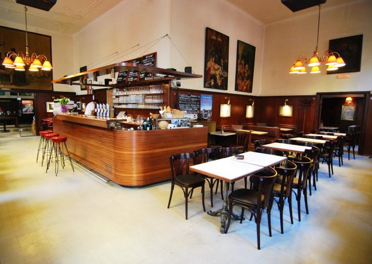 Café Anzengruber Bar (c) Marlene Mautner stadtbekannt.at