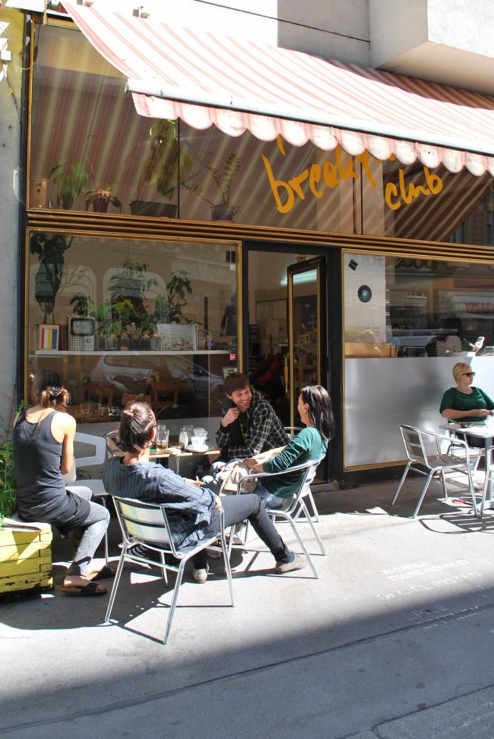 Schanigarten the breakfast club (c)  stadtbekannt.at