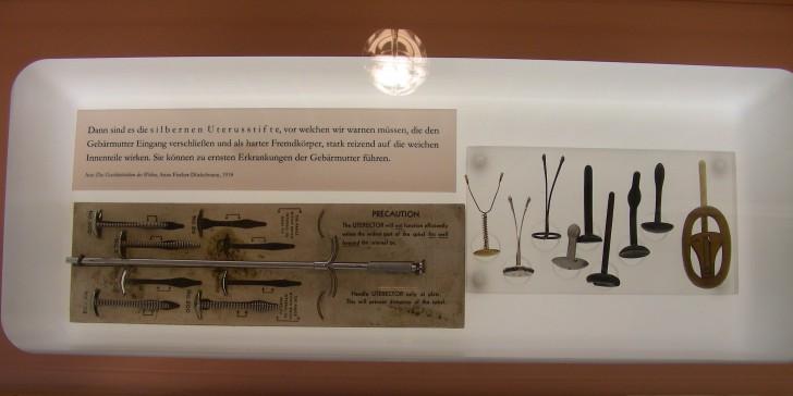 Exponate (c) Museum für Verhütung und Schwangerschaft