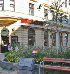 Cafe Sperl Schanigarten (c) stadtbekannt.at
