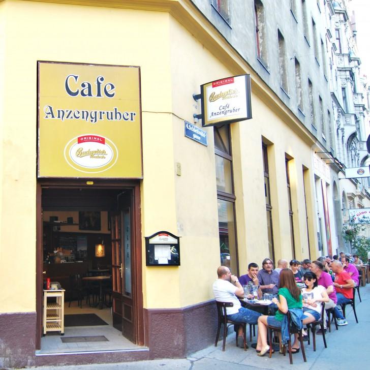 Café Anzengruber Schanigarten (c) stadtbekannt.at