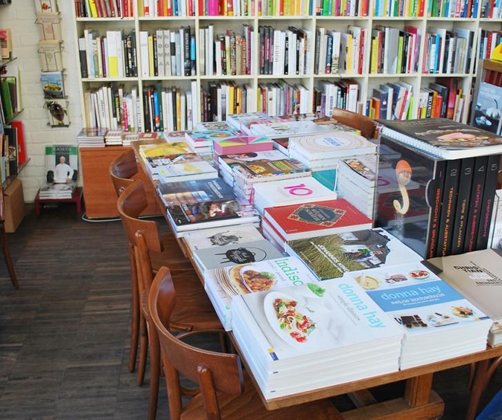 Büchertisch Babette's (c) stadtbekannt.at