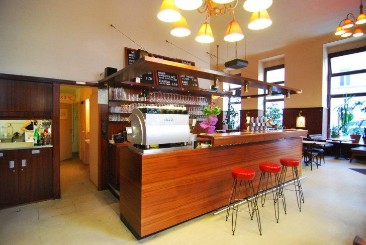 Cafe Anzengruber Bar (c) Marlene Mautner stadtbekannt.at