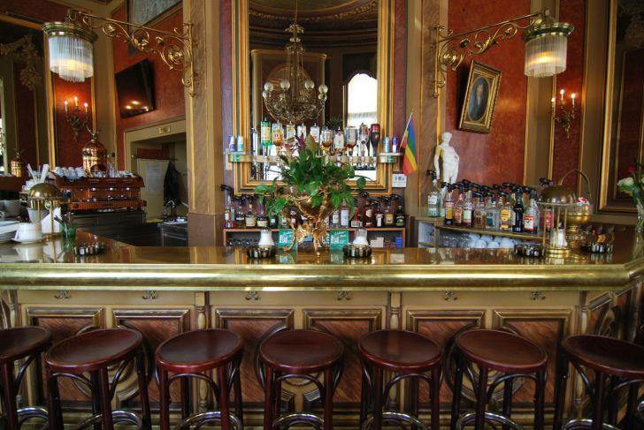 Cafe Savoy Bar (c) stadtbekannt.at