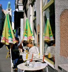 Liebling Cafe Schanigarten (c) Nohl stadtbekannt.at