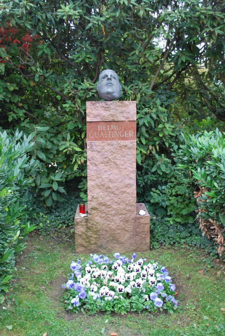 Qualtinger Grab (c) Mautner stadtbekannt.at
