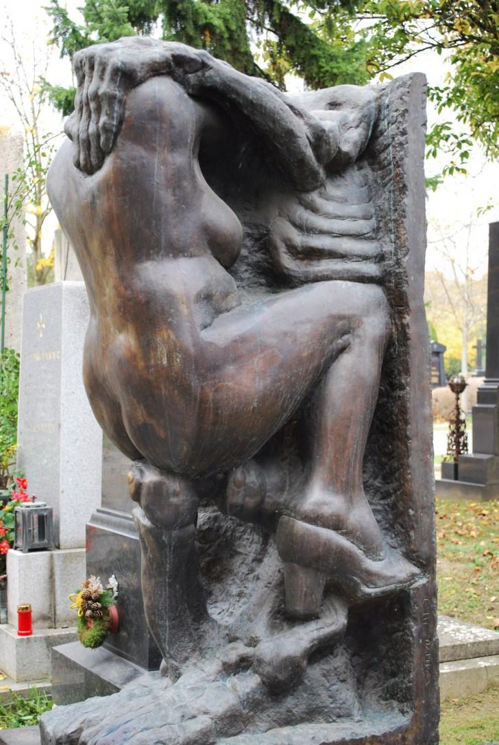 Friedhofskunst (c) Mautner stadtbekannt.at
