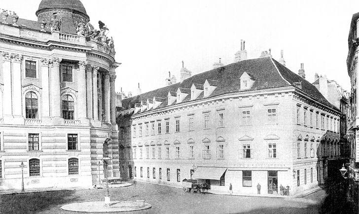 Michaelerplatz