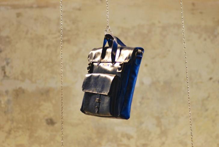 Freitag blaue Tasche (c) stadtbekannt.at