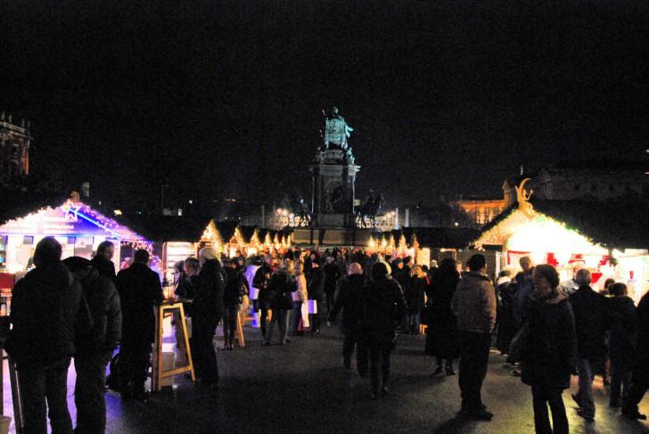 Maria Theresien Weihnachtsmarkt (c) Mautner stadtbekannt.at