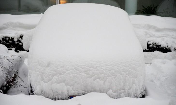 Schnee Auto (c) Mautner stadtbekannt.at