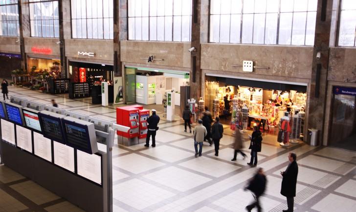 Westbahnhof Geschäfte (c) stadtbekannt.at