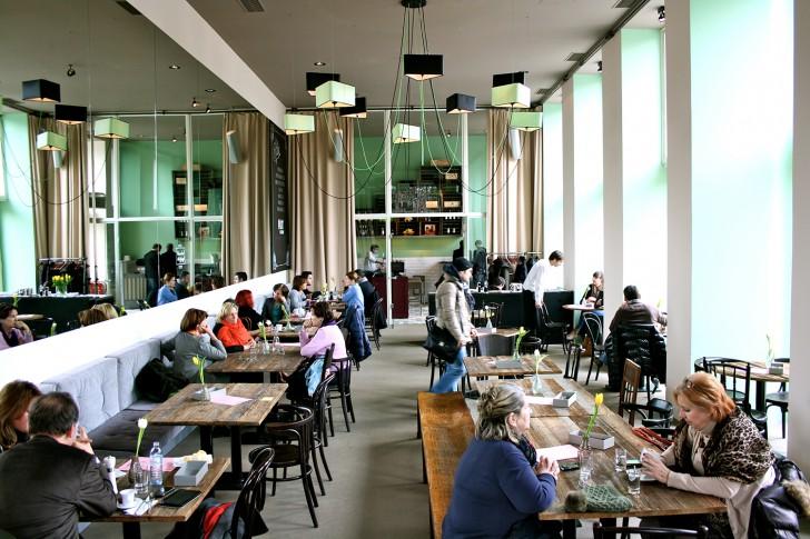 Cafe Francais Innen (c) Nohl stadtbekannt.at