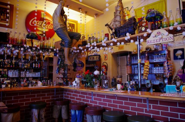 Unsagbar Bar (c) Hofer stadtbekannt.at