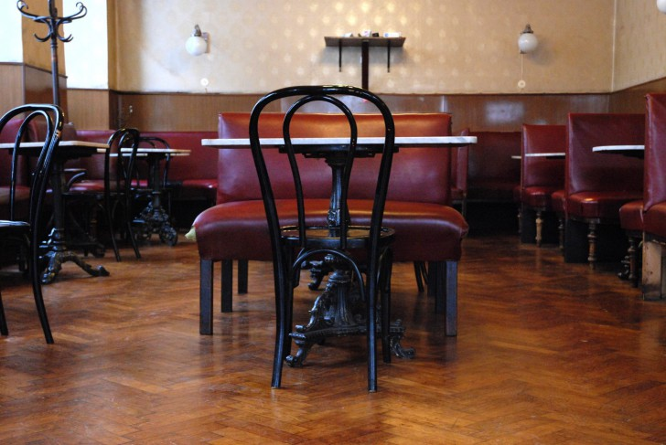 Cafe Heumarkt Sessel (c) Mautner stadtbekannt.at