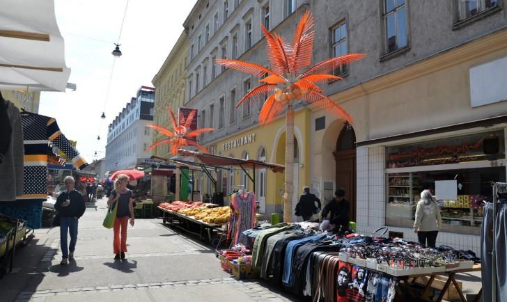 Brunnenmarkt Marktstandl (c) Mautner stadtbekannt.at