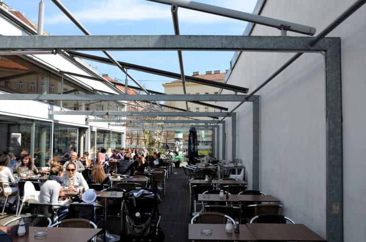 An-Do Tisch (c) Mautner stadtbekannt.at