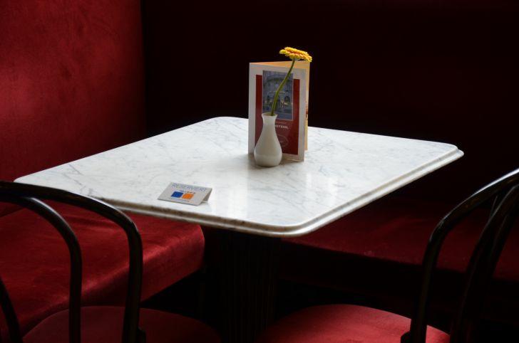 Cafe Griensteidl Tisch (c) stadtbekannt.at