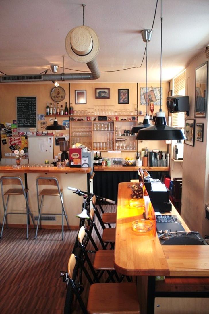 Jazzcafe Zwe Bar