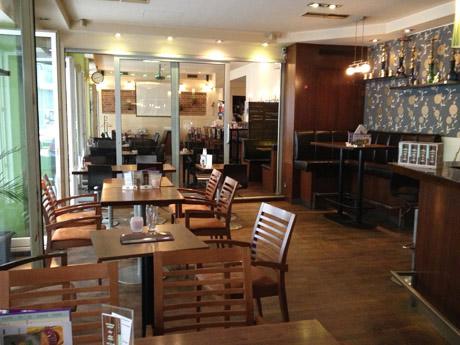 Cafe Cosmopolitan (c) Kovacec stadtbekannt.at