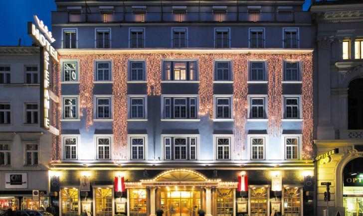 (c) Hotel Stefanie