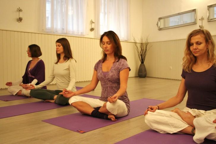 Yoga4Yoginis