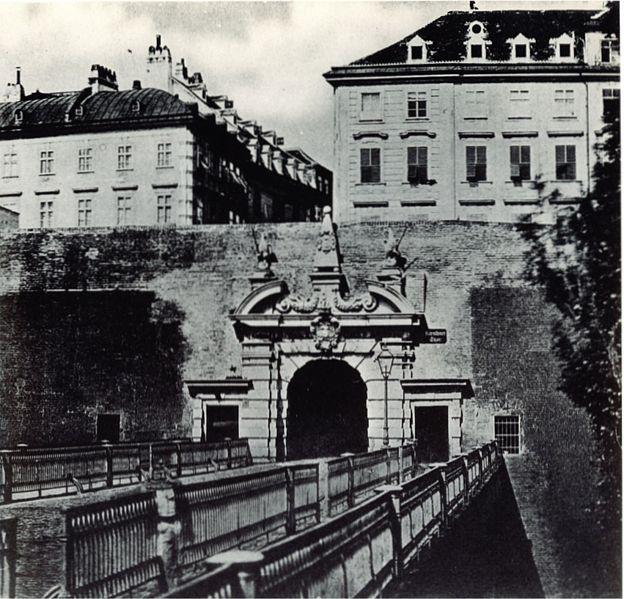 Wiener Stadtmauer Kärntnertor