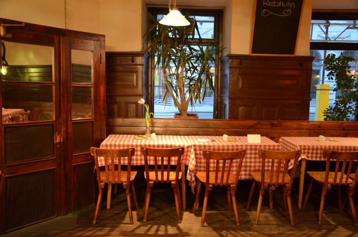 Tische Rebhuhn (c) Mautner stadtbekannt.at