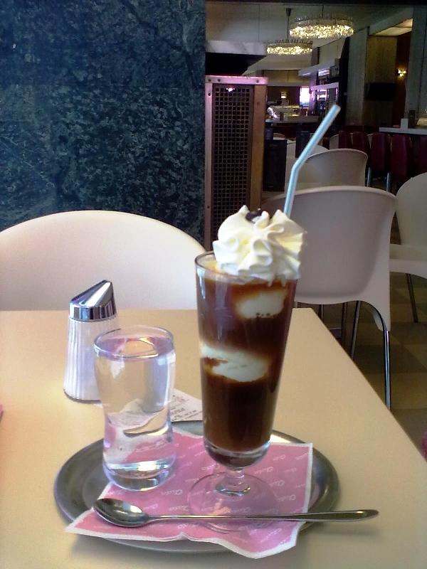 Eiskaffee Aida Foto: STADTBEKANNTT