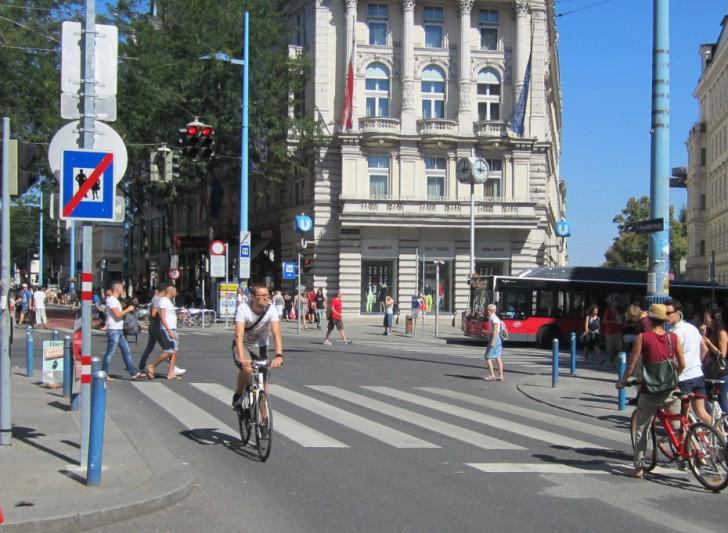 Kreuzung Neubaugasse (c) Mehofer stadtbekannt.at