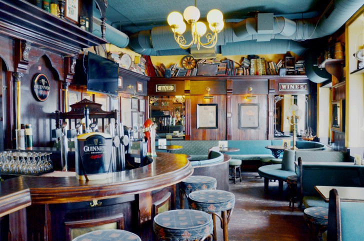 Theke Irish Pub (c) Mautner stadtbekannt.at