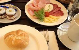 Gasthaus Wild Frühstück (c) STADTBEKANNT